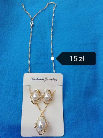Komplet biżuterii z perełkami