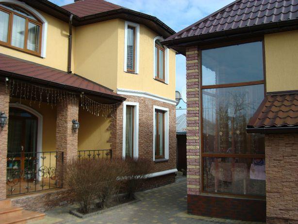 Дом 220 м2 с.Крехаев 40 км от Киева идеально для жилья и под дачу.