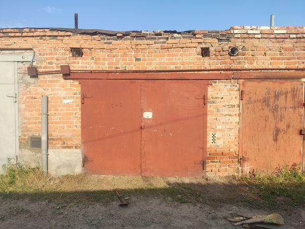 Продам гараж ( р-н 12-ї школи )