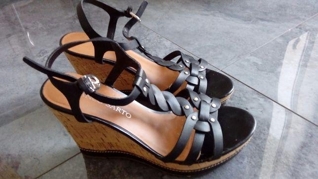 Piękne skorzane sandały franco sarto