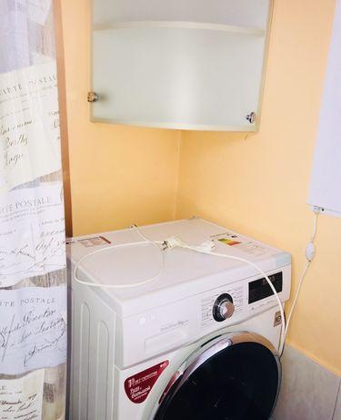 *Продам небольшой домик в р-не кв Молодежный 8 сот 13900$