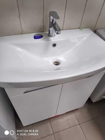 Тумбочка с умывальником в ванную комнату