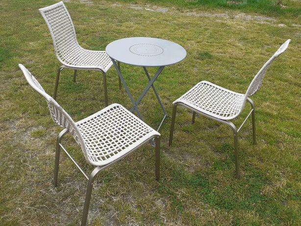 meble na balkon stol i krzesla