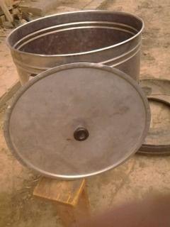 проодам кастрюлю нержавіючої сталі 80л