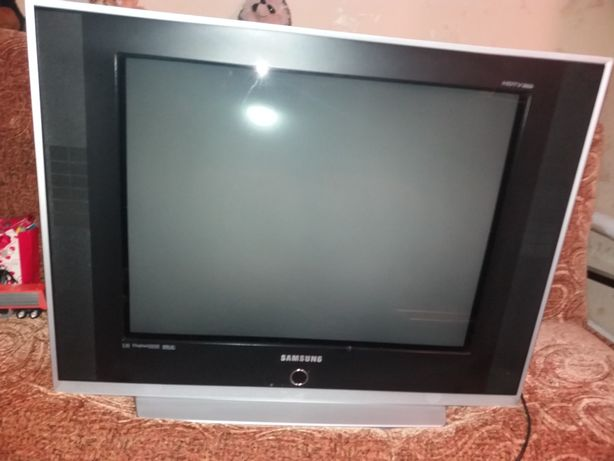Телевизор Samsung 29 дюймов 100 герц