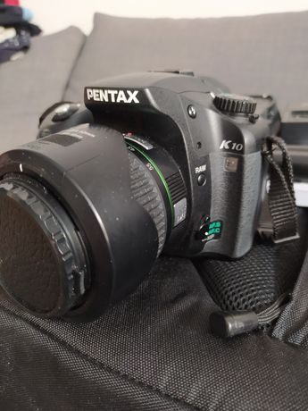 Pentax K10D + grip + plecak + obiektyw