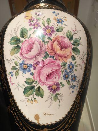 Jarra antiga pintada à mão