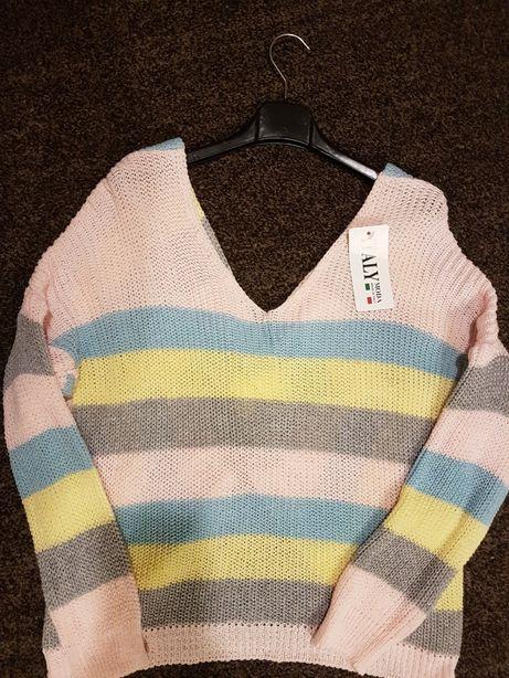 Tęczowe sweterki