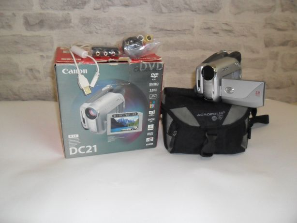 цифровая видеокамера canon DC21 .