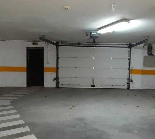 Lugares de garagem - Porta de Viana para arrendar