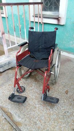 Инвалидная коляска как новая .почти новая
