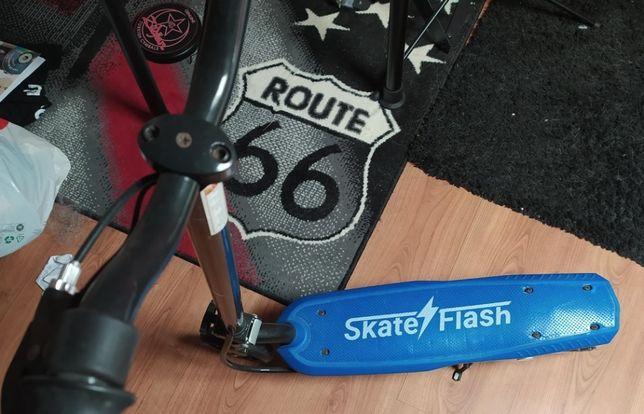Trotinete skate flash Júnior (azul) até 15 anos 8-10km/h 5km
