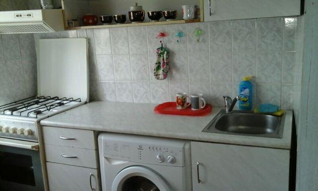 Продам 2-комнатную на Медгородке