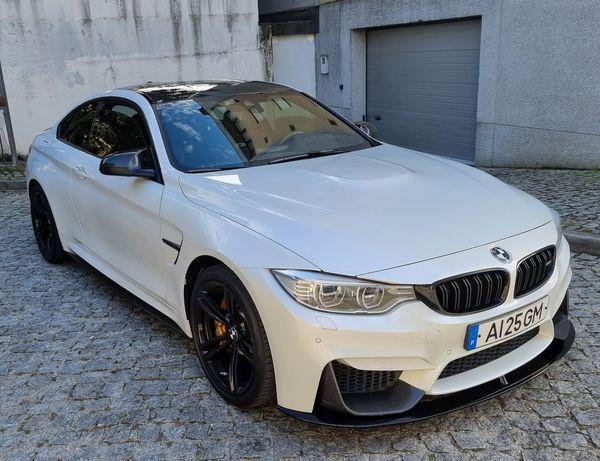 BMW M4  pack carbon