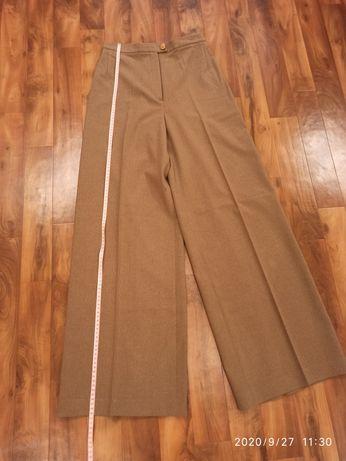 Стильные широкие женские брюки