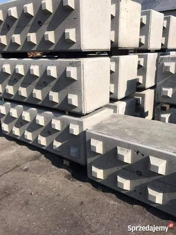 Bloki betonowe,mury oporowe,hale,zasieki 180×60×60