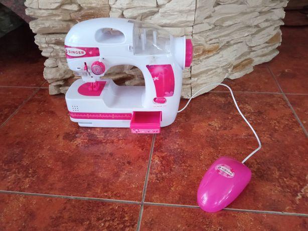 Zabawkowa maszyna do szycia dla dzieci singere
