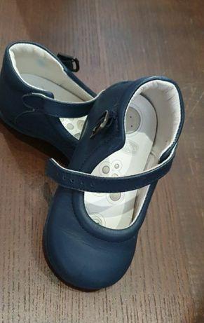 Туфельки chicco 22 р