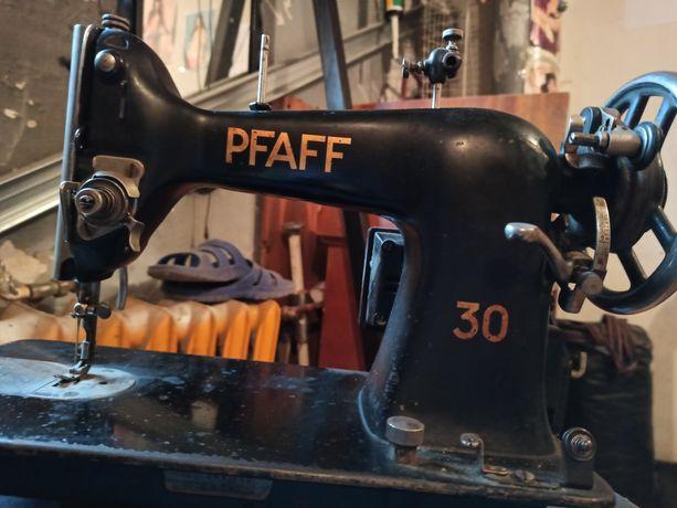 Maszyna do szycia Pfaf 30
