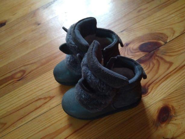 Ботинки зимние. Черевики зимові