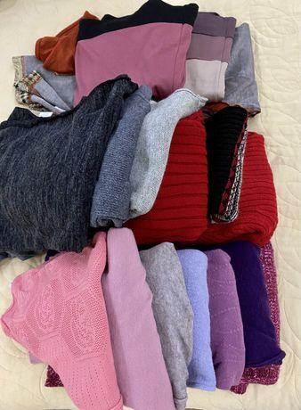 Набор женских свитеров размер L