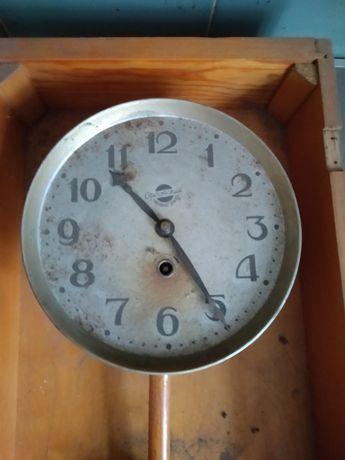 Годинник настінний.