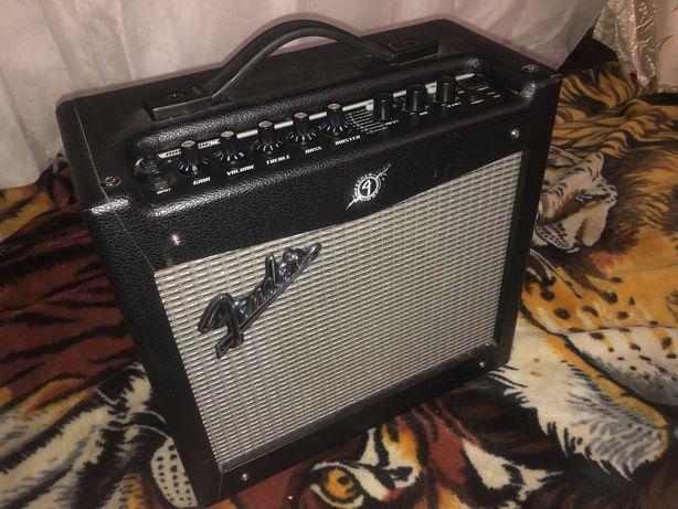 Комбоусилитель Fender Mustang 1 V2