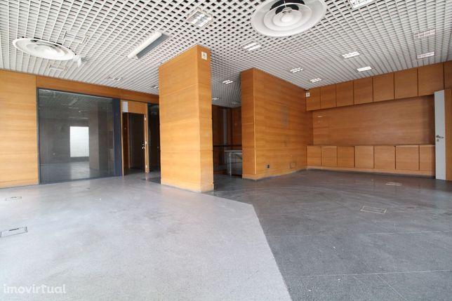 Loja, Pinhal Novo, Centro