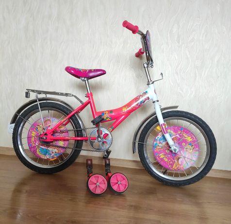 Детский велосипед 18 дюймов с дополнительными колёсами