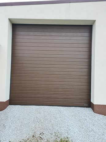 Brama panelowa wiśniowski  2 sztuki 3m na 3m