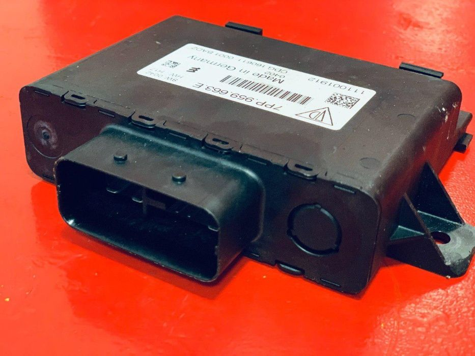 7PP959663E Стабилизатор напряжения Блок VW Touareg 7P 7Р Panamera