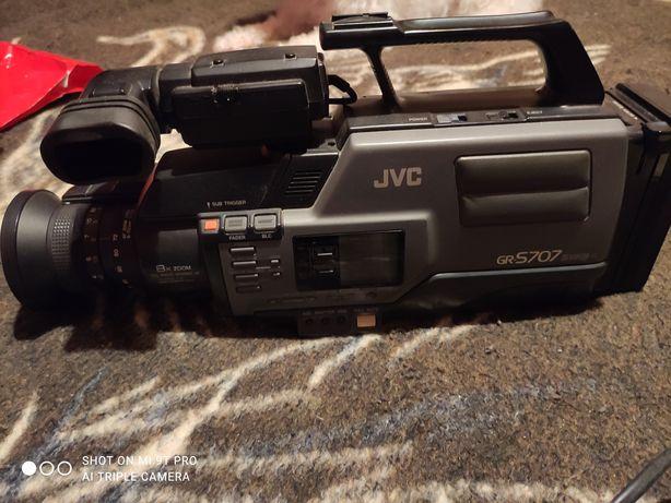 Câmara filmar antiga JVC GR -s707