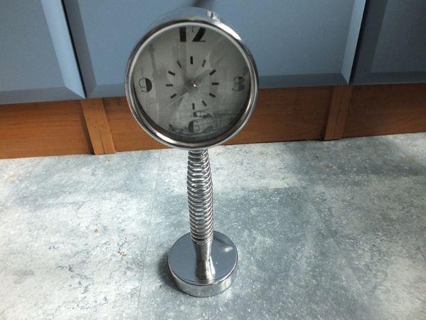 zegarek na sprężynie ,budzik, metal niklowany,wys.21,5cm
