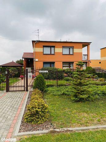 Dom 206 m2 + 3 garaże i 0.2573 gruntu budowlanego!