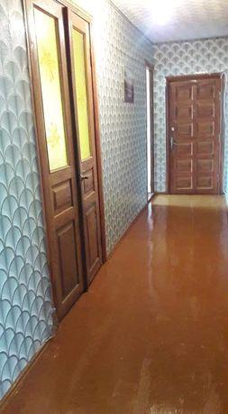 Продам 3ком. квартиру с индивидуальным отоплением 65 м.кв.