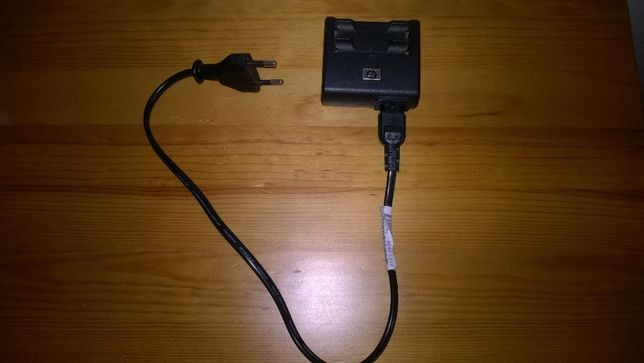Carregador de baterias pilhas AA da HP