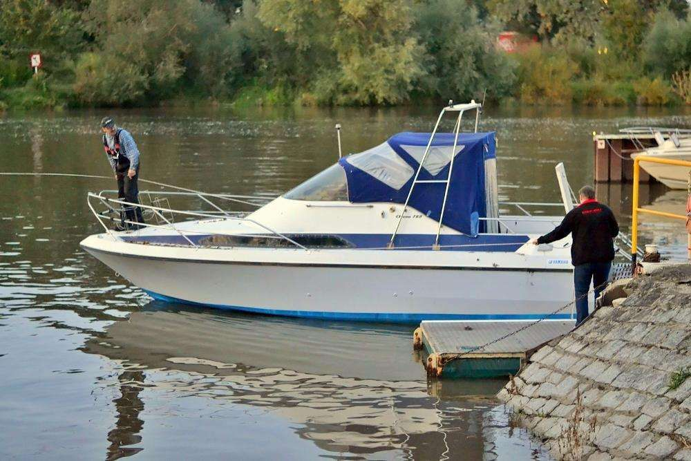 Łódź Motorowa Arcoa760 Jacht kabinowy pełnomorski kadłub