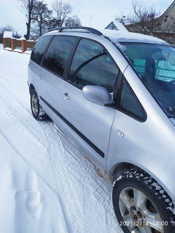 Форд гелексі 2001 рік