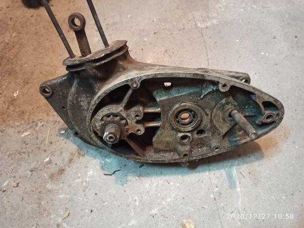 Silnik kartery shl m04 sokół wsk wfm 1955 z żeberkami 04 m05
