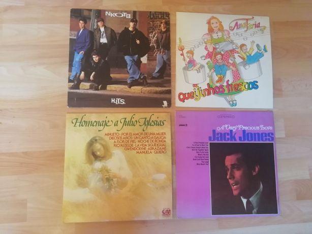 4 discos de vinil LP (NKOTB, Ana Faria, Júlio Iglesias, Jack Jones)