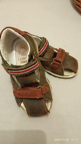 Sandały Lasocki r 22
