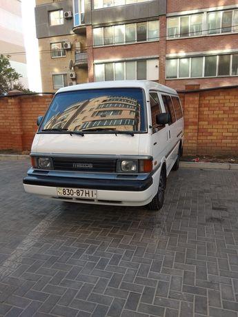 Продам микроавтобус Мазда Е 2000