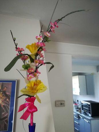 Sztuczne kwiatki (palma)