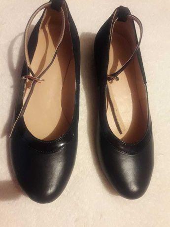 Туфли кожаные женские Р 38 Новые