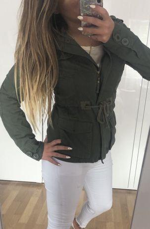 Zielona kurtka khaki fishbone S