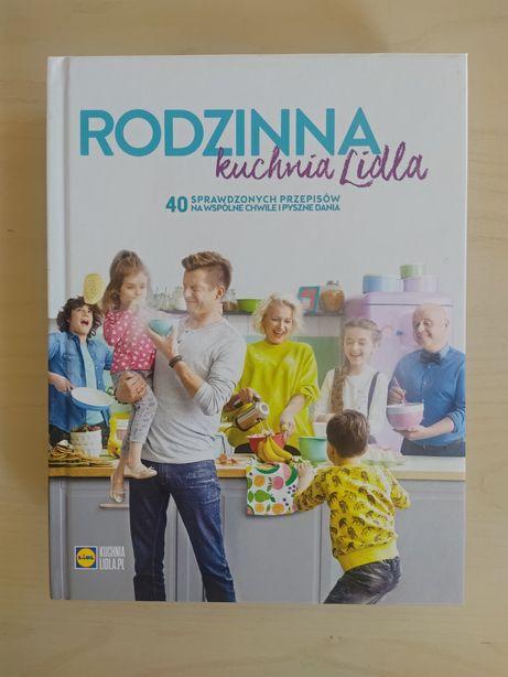 """Książki Lidl """"Jeść zdrowiej i żyć dłużej"""" """"Rodzinna kuchnia Lidla"""""""