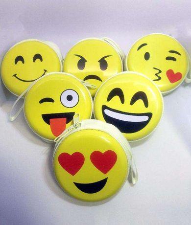 Porta-moedas Emoji - Carteira Multifunções