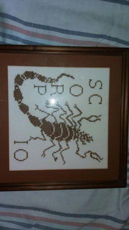Quadro escorpião bordado