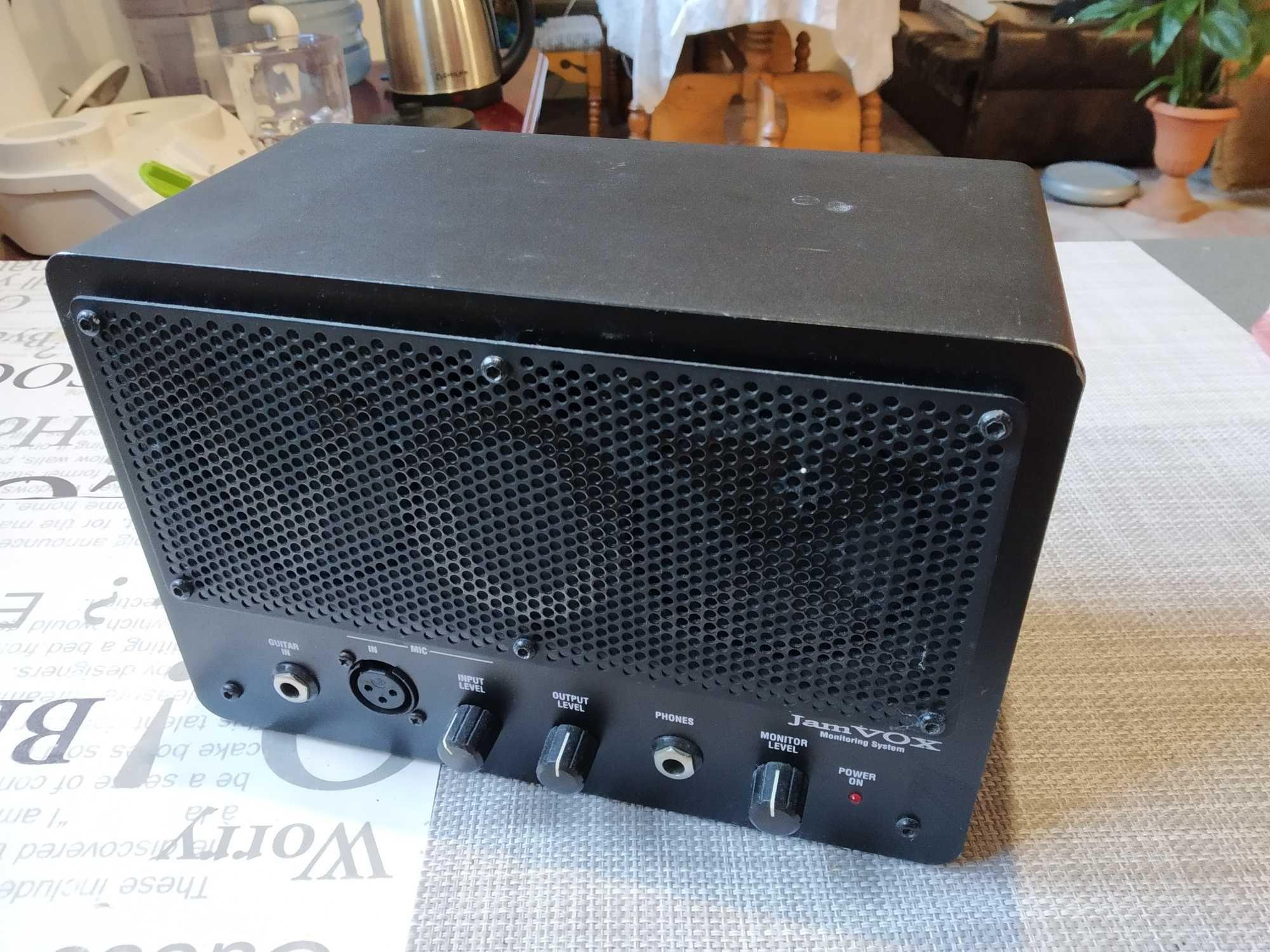 Продам гітарний процесор JamVox, футсвітч та педаль експресії