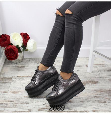 Кроссовки на платформе новые